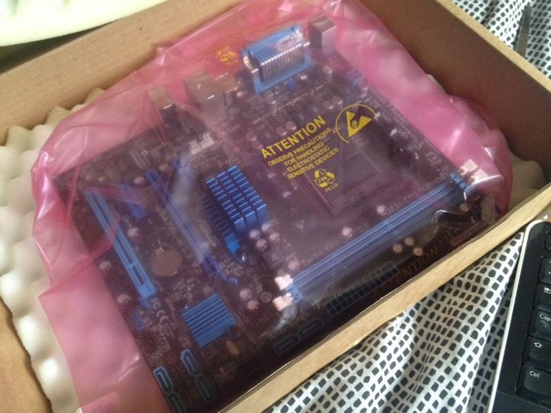 Am3+ asus motherboard m5a7bl-mlx v2 3.00