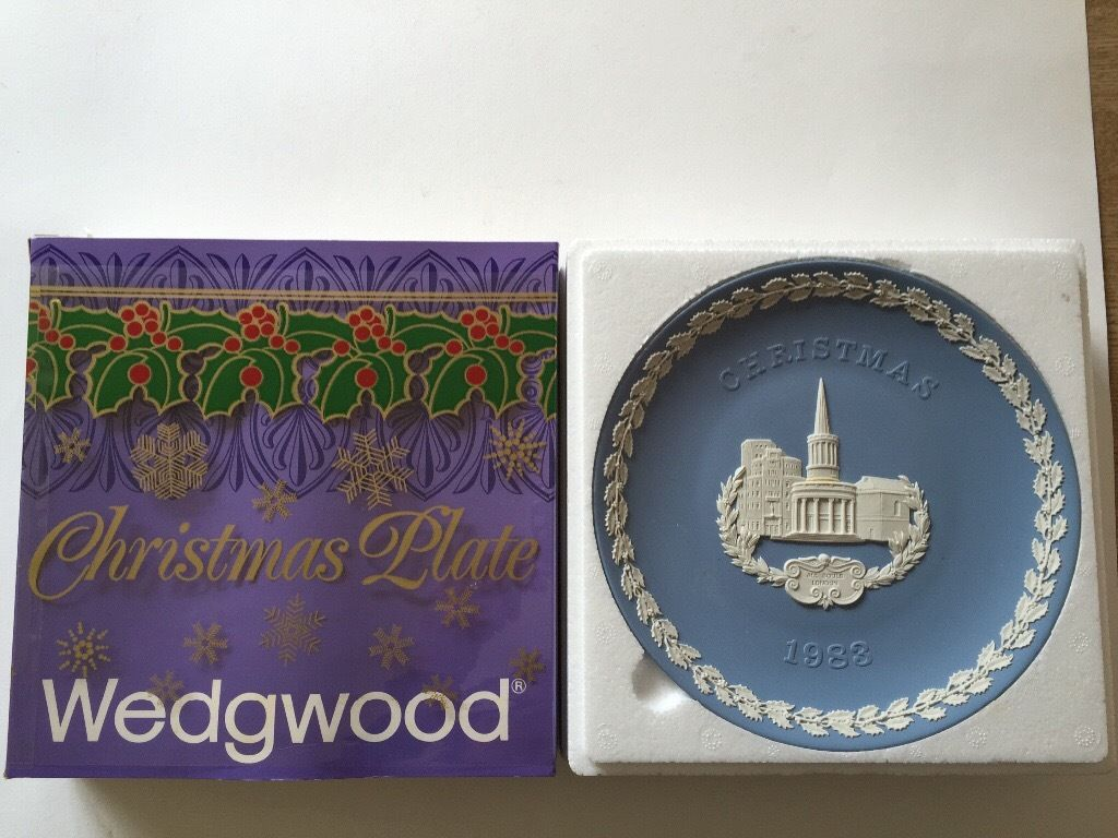 Decorative Wedgewood Christmas edition plates, 1975,76,77,78, 1980-87
