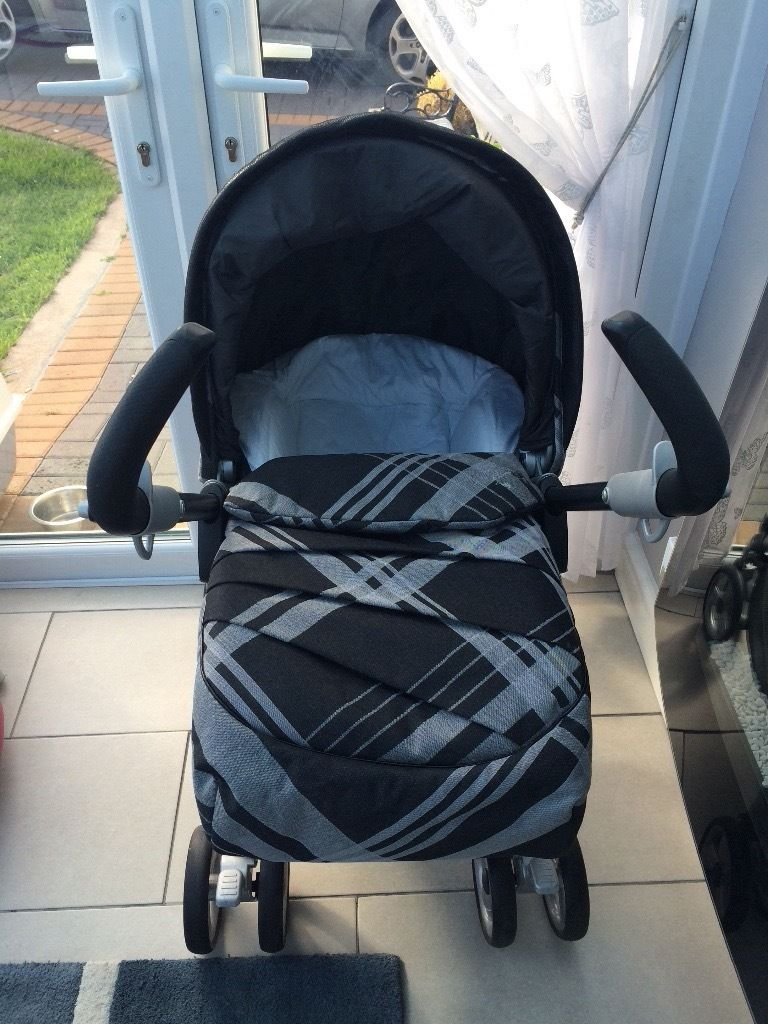 Mams and papas travel system