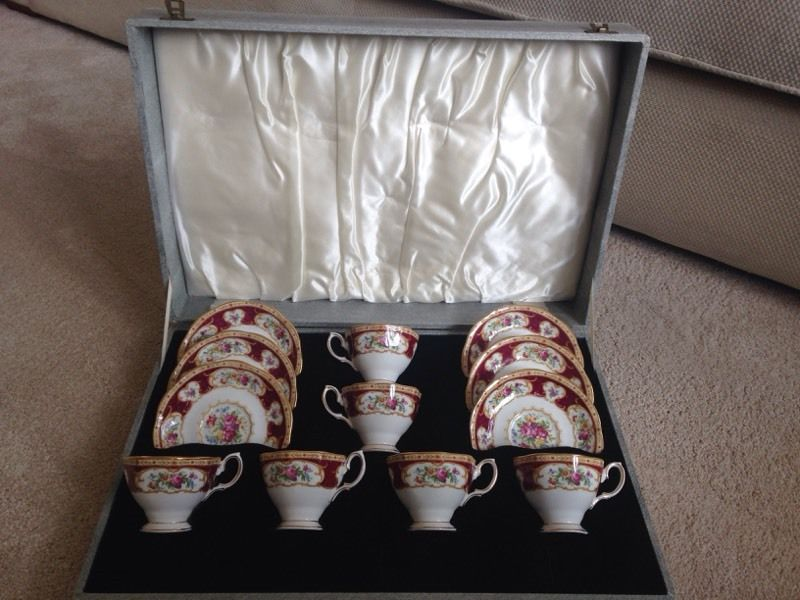 Royal Albert Lady Hamilton coffee set complete in box . 6 coffee cups and saucers