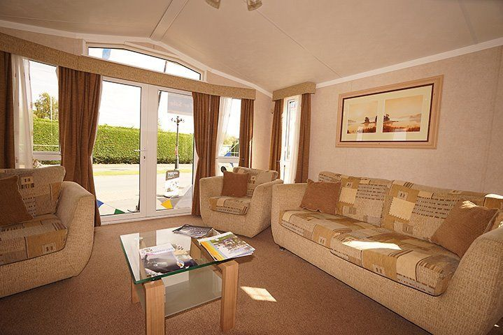 LUXURY STATIC CARAVAN FOR SALE IN SKEGNESS, LINCOLNSHIRE, ON THE EAST COAST NEAR BIRMINGHAM,