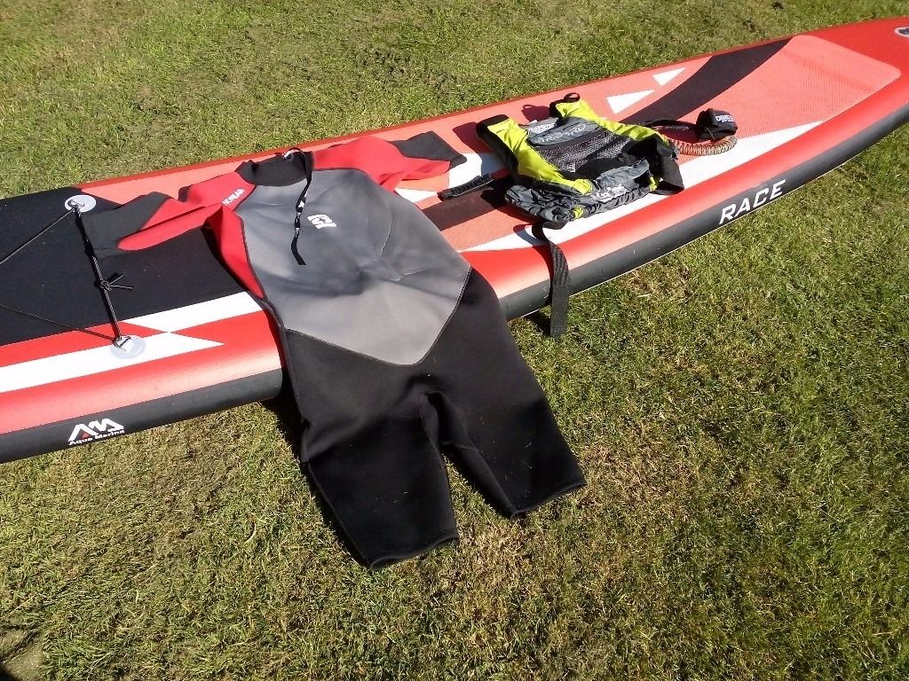 Aqua Marine Race Paddleboard 14' SUP with loads of accessories. BARGAIN!