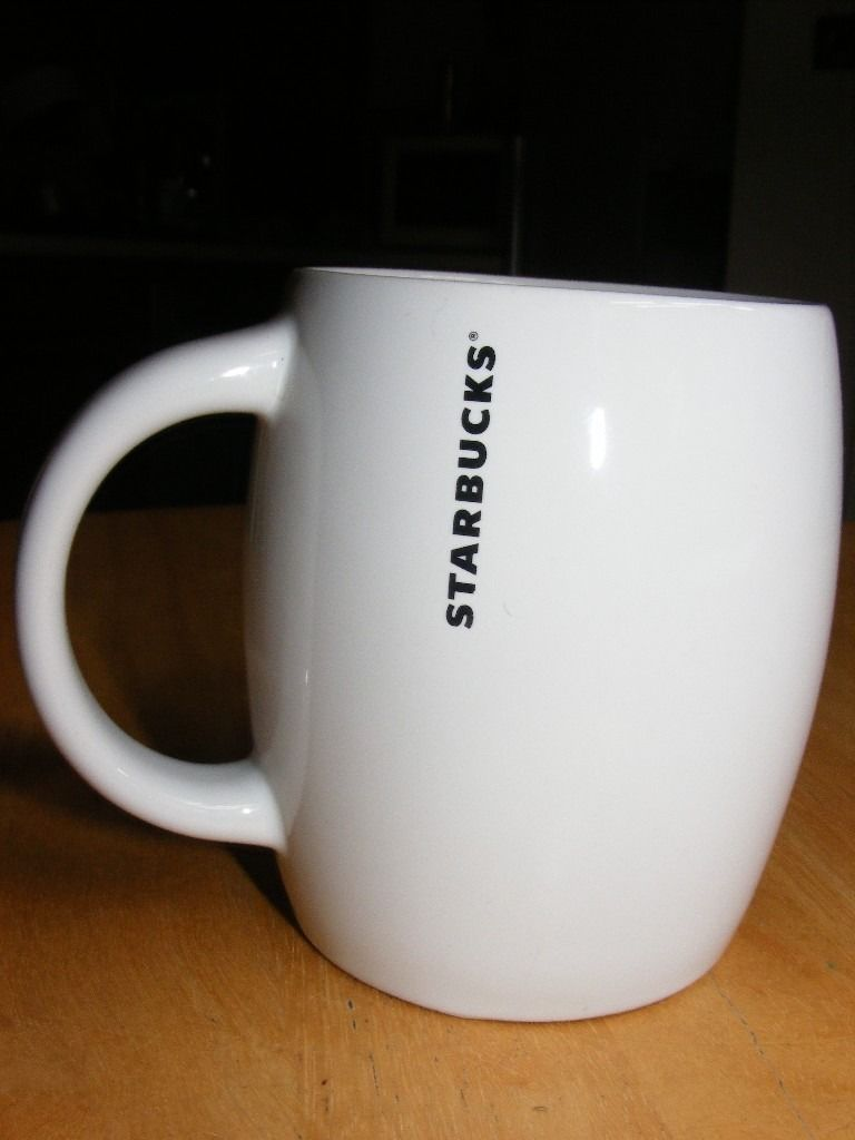 LARGE STARBUCKS COFFEE MUG