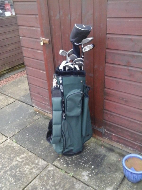 Golf clubs + bag