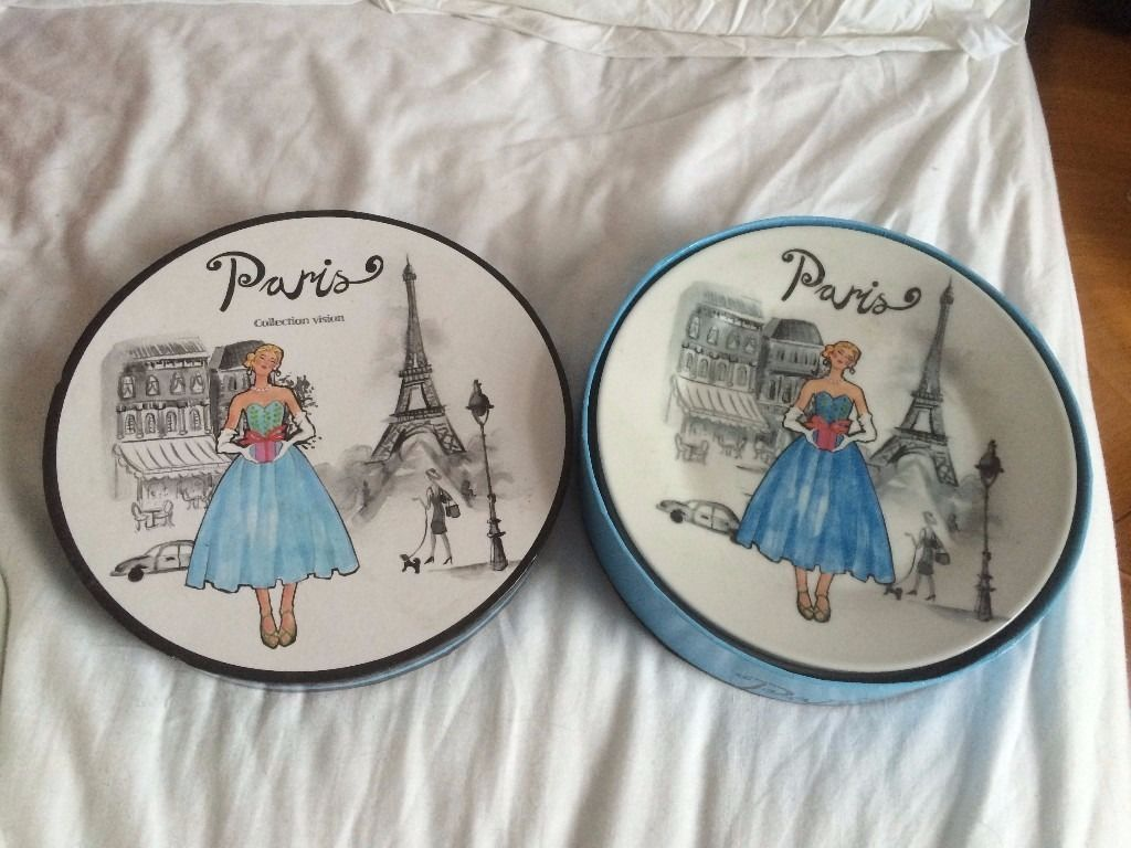 Perfect Gift: 4 Paris Plates Bought at The Eiffel Tower (Never Used)
