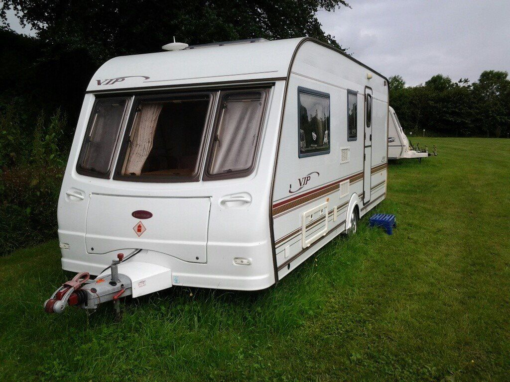 Coachman VIP 520/4 - 2002 parked at Wold Cottage Touring Park, Wold Newton Yorkshire