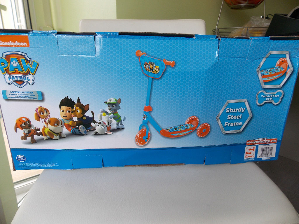 Nickleodeon PAW PATROL TRI SCOOTER (age 2+) BRAND NEW IN BOX Maximum user weight 20kg.