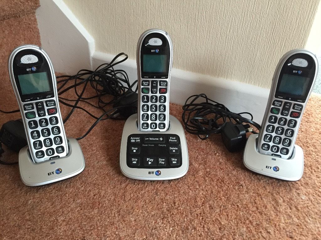 BT 4500 Trio Digital Cordless Answering Machine with three handsets