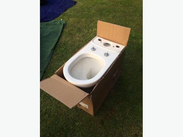 "Cooke + Lewis ""Caldaro"" White close coupled Cistern & Toilet"