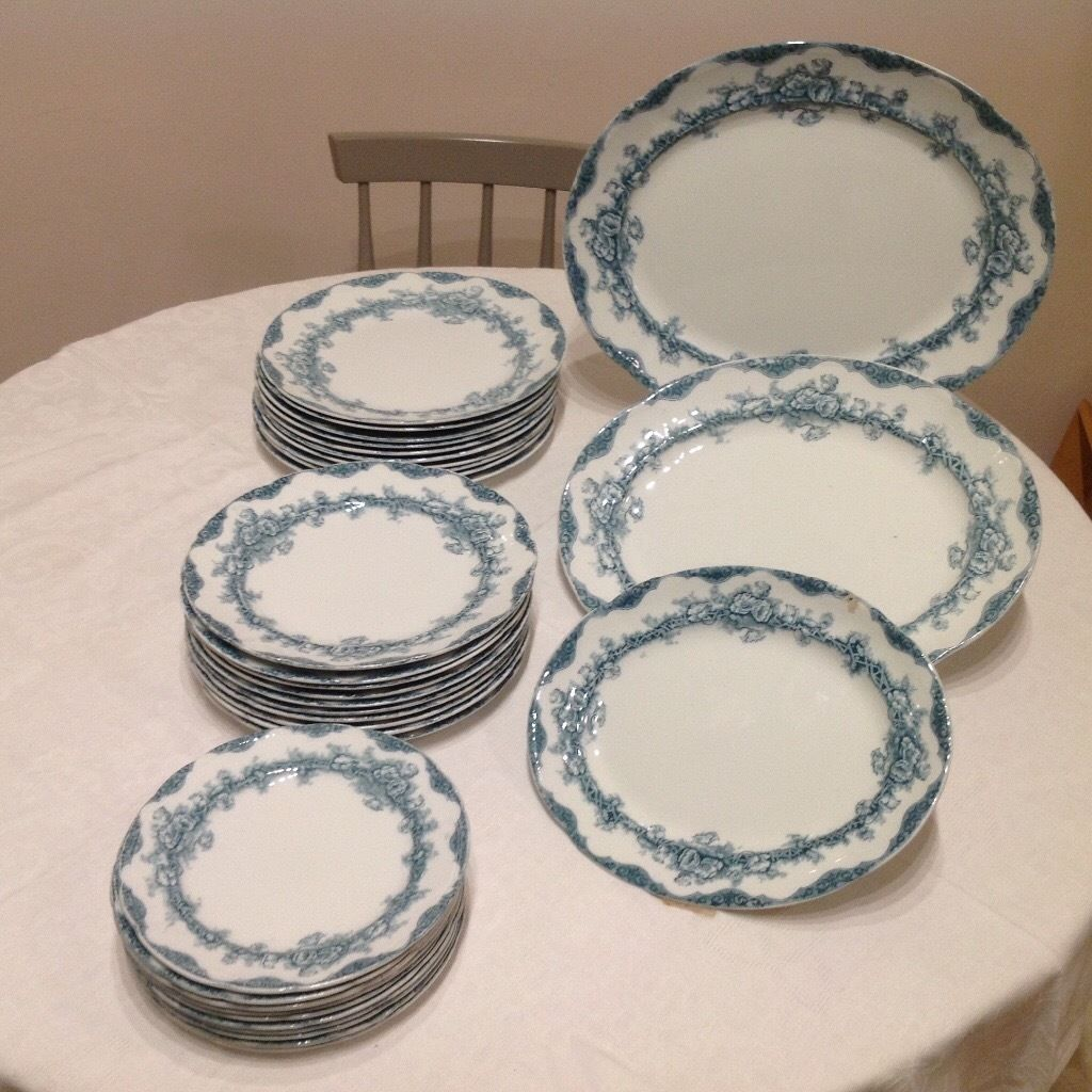 Tableware, dining set (plates)
