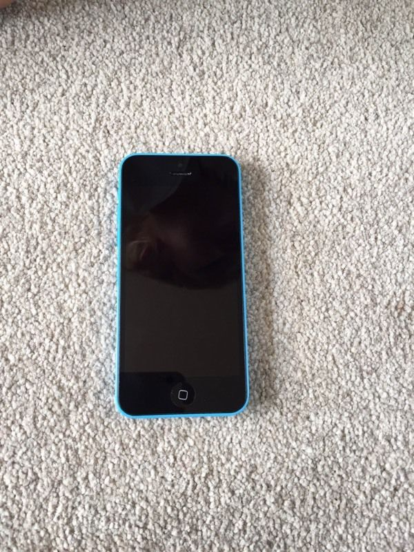 iPhone 5c- Blue- 16GB- EE