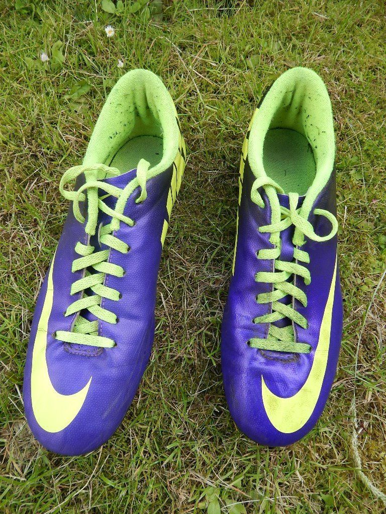Nike Mercurial Football Boots with blades. UK Size 8