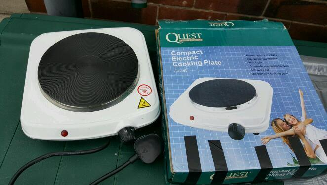 Quest electric hot plate and kettle