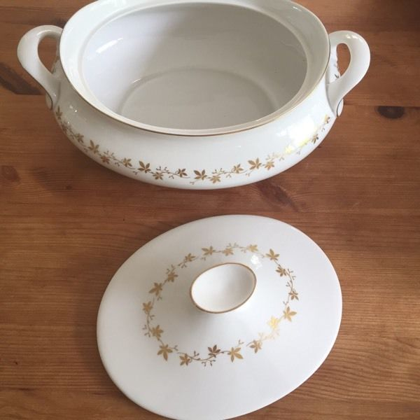 Royal Doulton Citadel Dinner Service