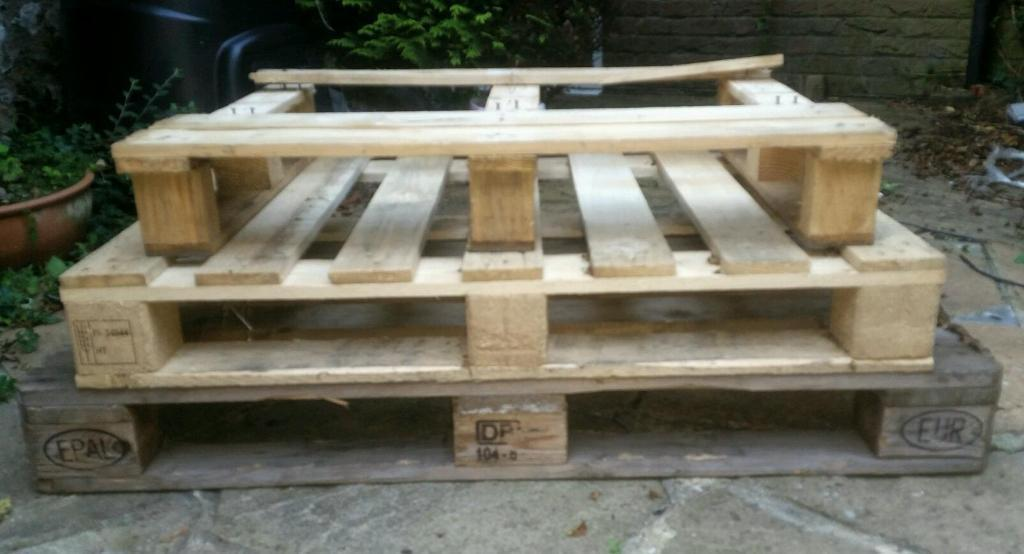 FREE - 3 Wooden Pallets - Spare Wood - Upcycling Material