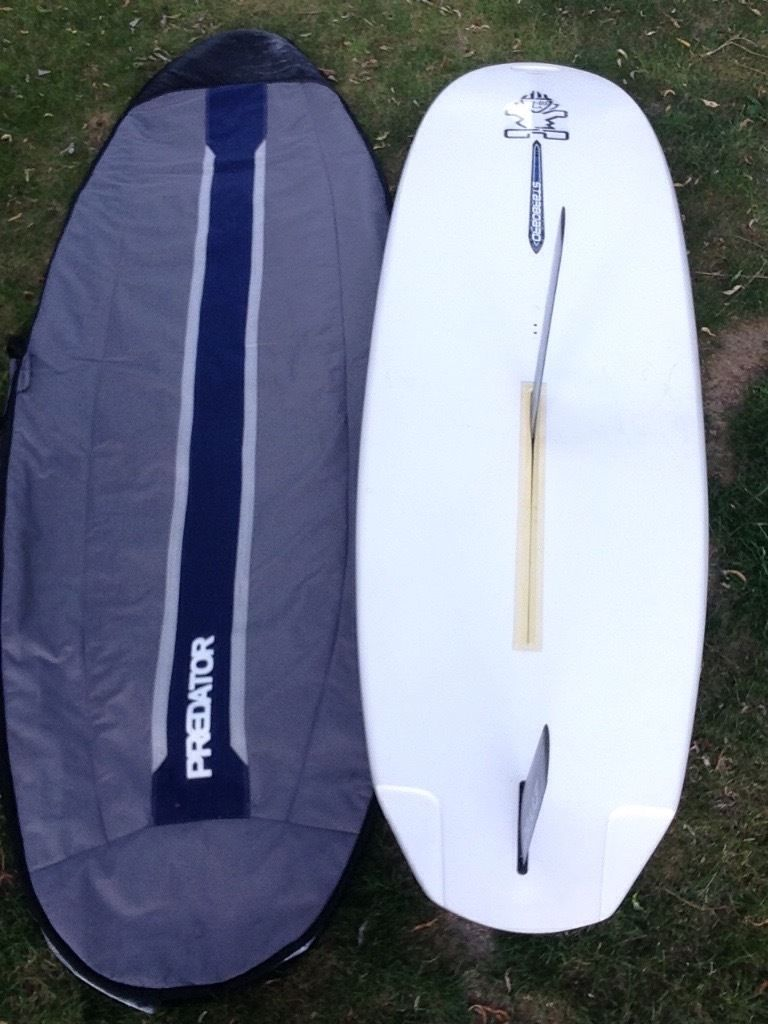 Windsurf board and sail set - ideal for beginner