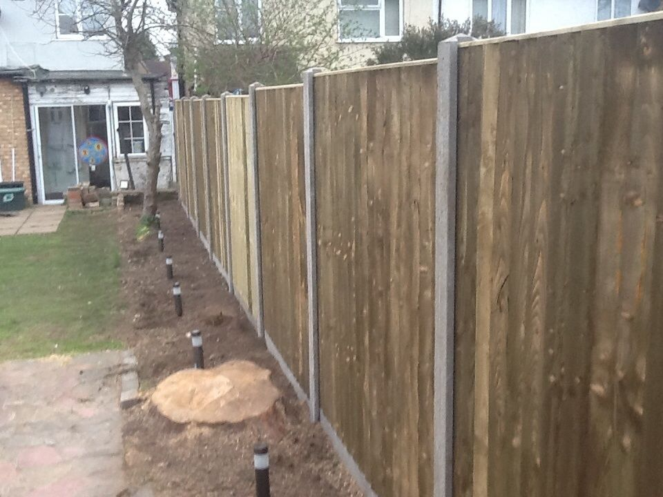 SRB builder landscape gardener fencing decorator driveways patios