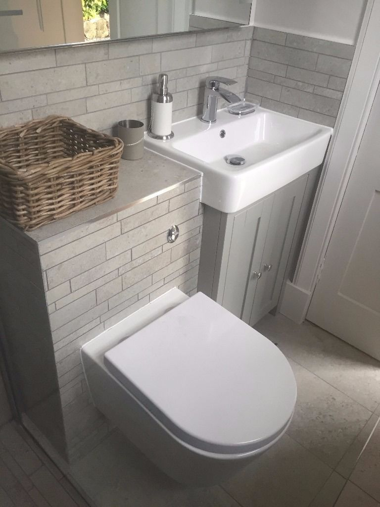 Professional Bathroom Fitters Edinburgh - Call 0131 278 0506 for free Quote