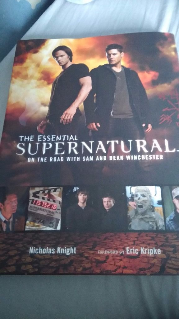 The essential Supernatural book. On the road with Sam and Dean