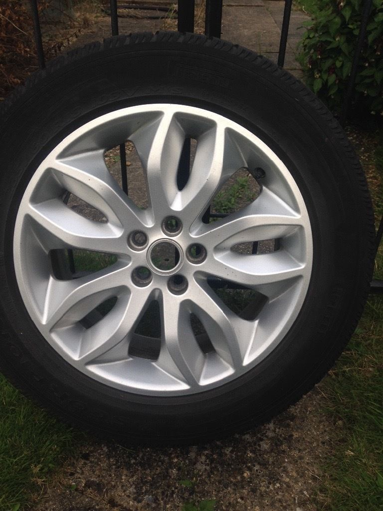 "4 18"" Alloys with tyres for Freelander 2"