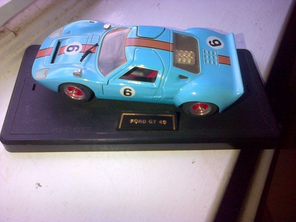 FORD GT40 BLUE NO 6