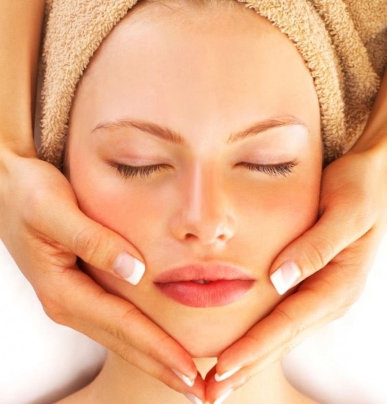 Motivated Beauty therapists needed for high street salon/spa flexible terms