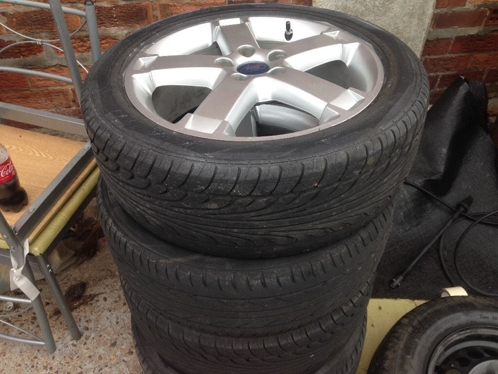 Alloys ford look nice cheep at this call Rex all good tyres CHEEP AT THIS