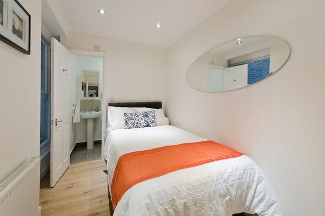 IMMACULATE DOUBLE ROOM with PRIVATE BATHROOM, ALL BILLS INCLUDED!!!