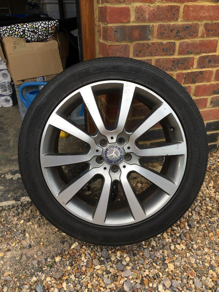 Mercedes Benz ML 350 EDITION( 2011) Original OEM alloys and tyres