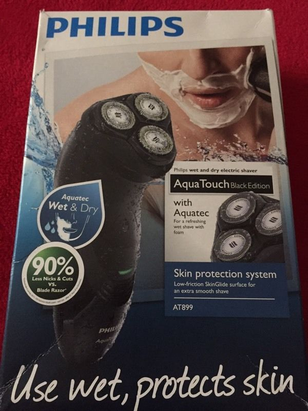 Philips Aqua touch wet/dry shaver brand new