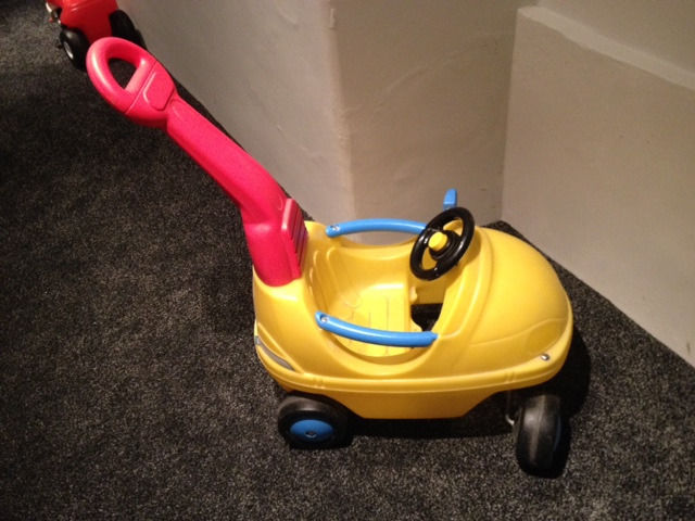 Smoby Outdoor car with parent handle (has been used inside) TIKES