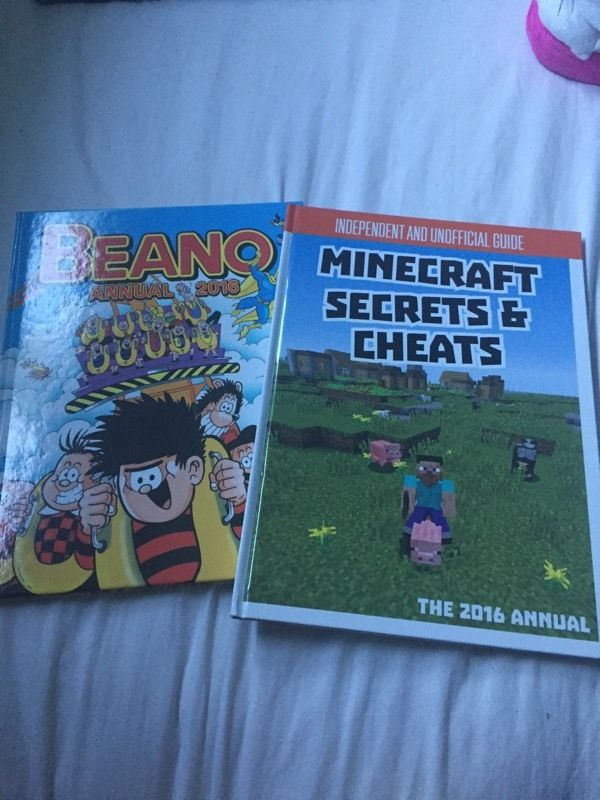 New beano 2016 and mine craft 2016 annuals