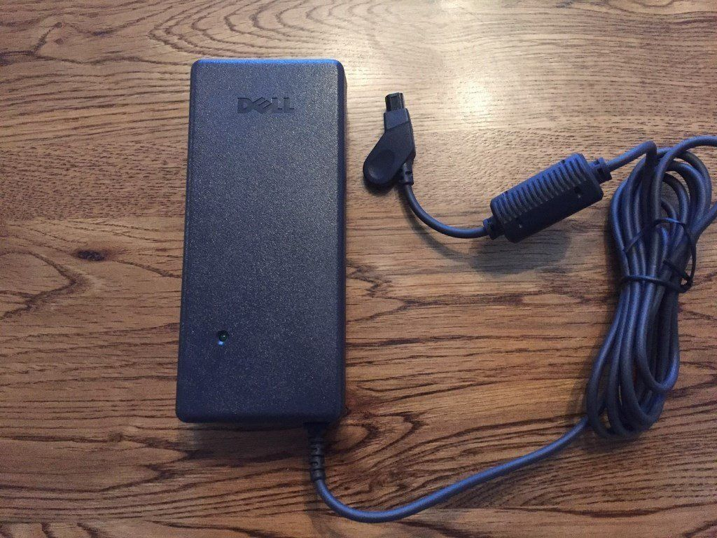 Genuine Dell AC Power Adapter AA20031 PA-6 Dell C Series laptops