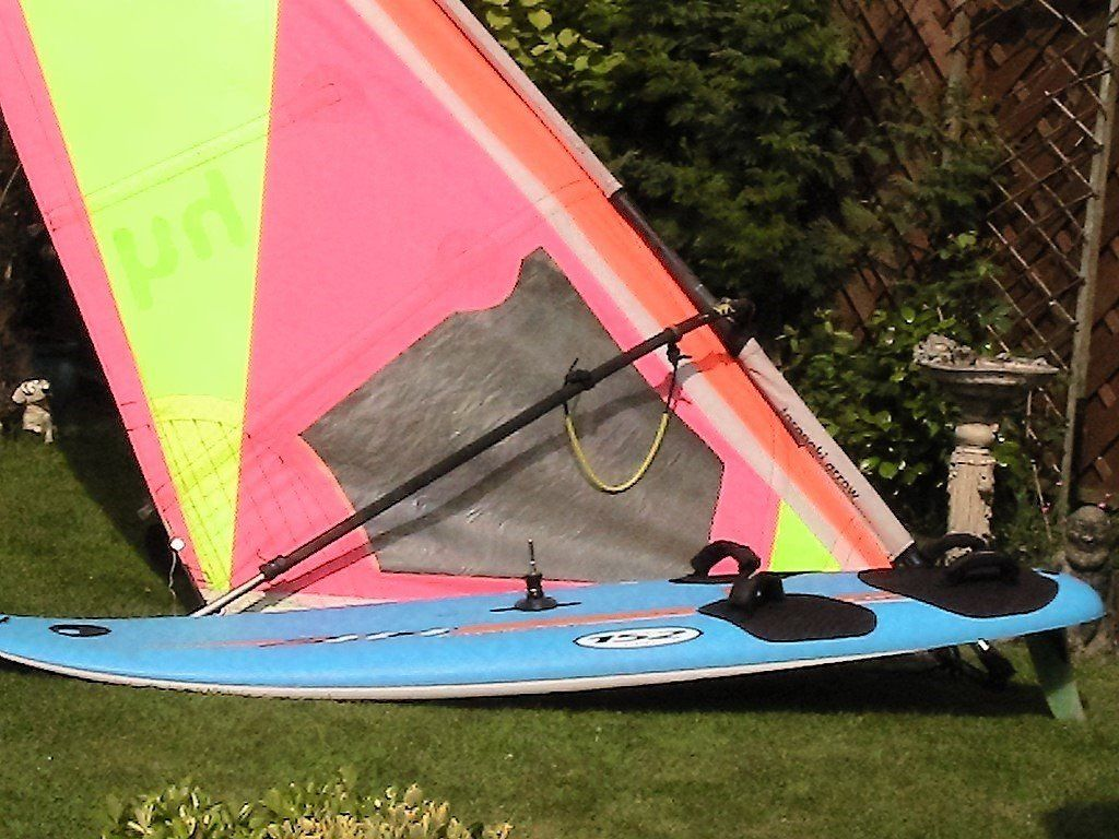 Windsurfer - complete - ready to sail