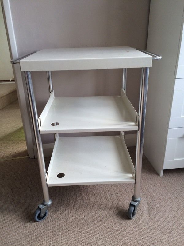 White beauty trolley