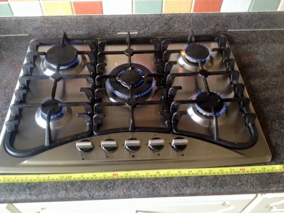 Stainless Steel 5 Burner Baumatic Gas Hob