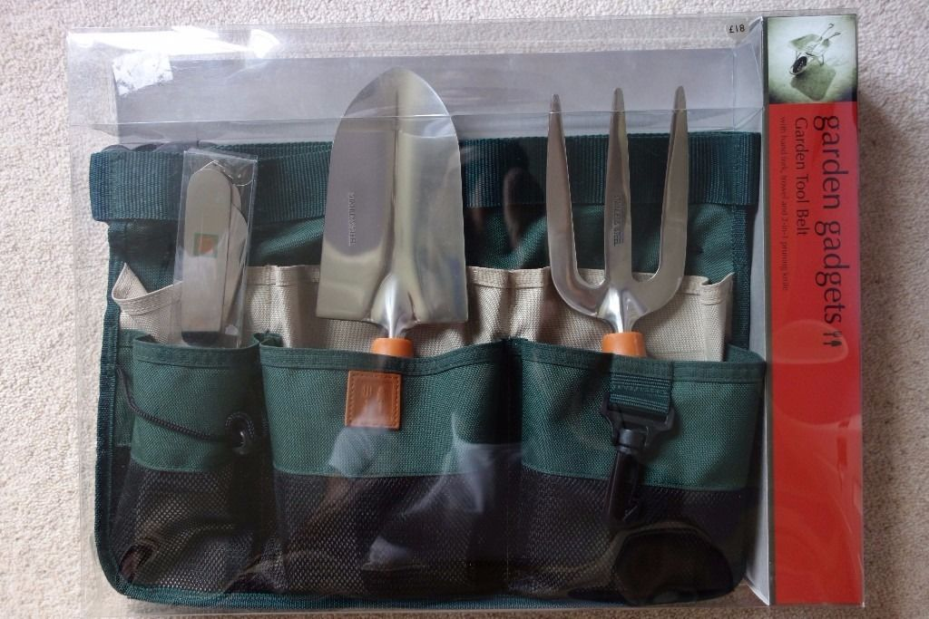 M&S Garden Gadgets Tool Kit. NEW. Belt, Hand Fork, Trowel & Pruning Knife Set