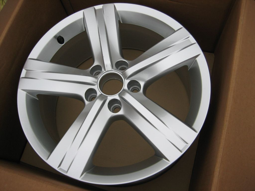 "VW FONTANA 17"" ALLOY WHEEL RIM new"