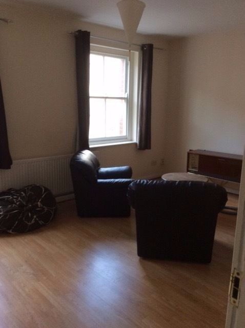 Triple room 5-15 min Shepherds Bush,Holland Park,Acton,Chiswick,Turnham Green,