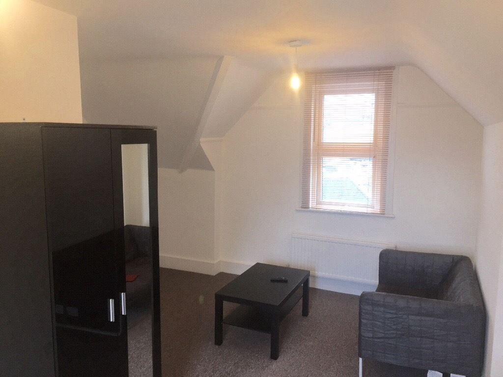 Large Double room for working professional