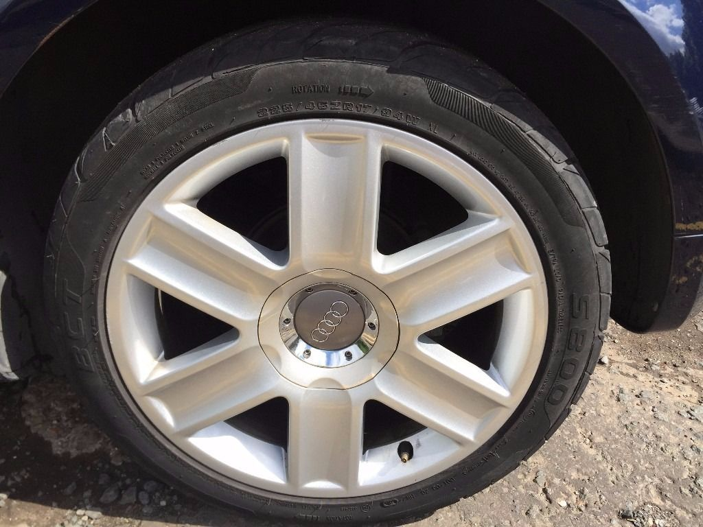 "17"" alloy wheels with new tyres"