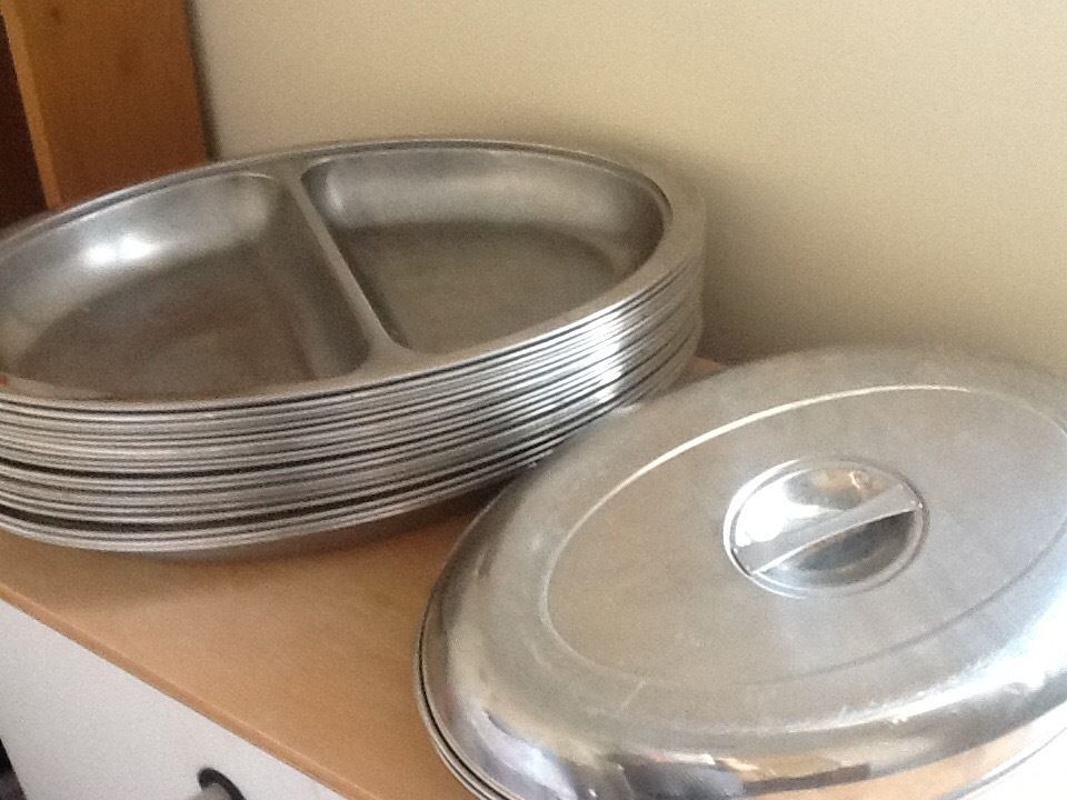 26 Stainless steel oval serving dishes