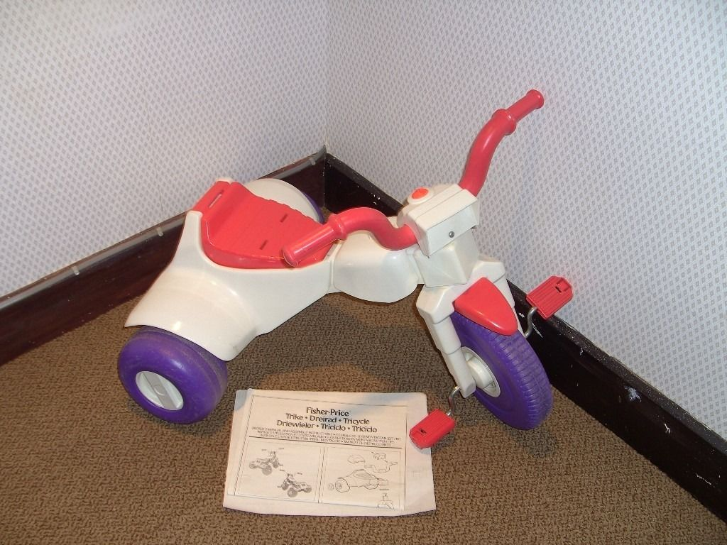 FISHER PRICE TRIKE - AGE 2-5 YEARS. EXCELLENT CONDITION.