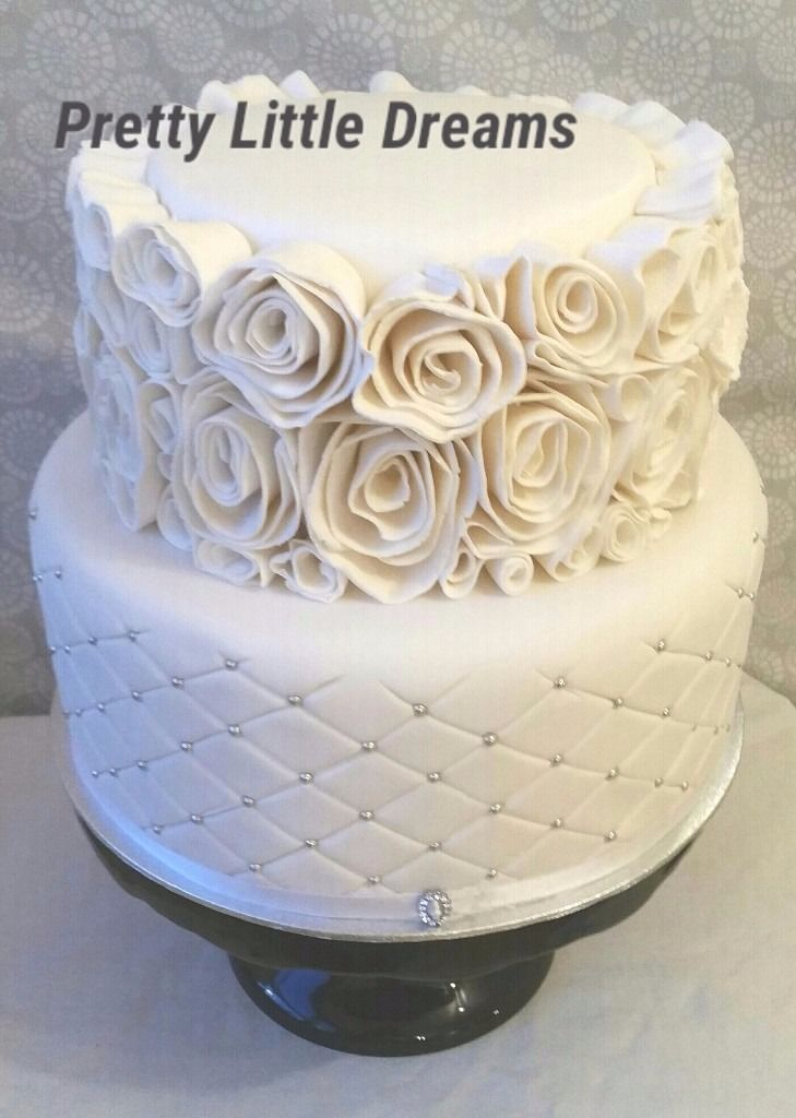 Wedding Cakes and cakes for all occassions by Valerie