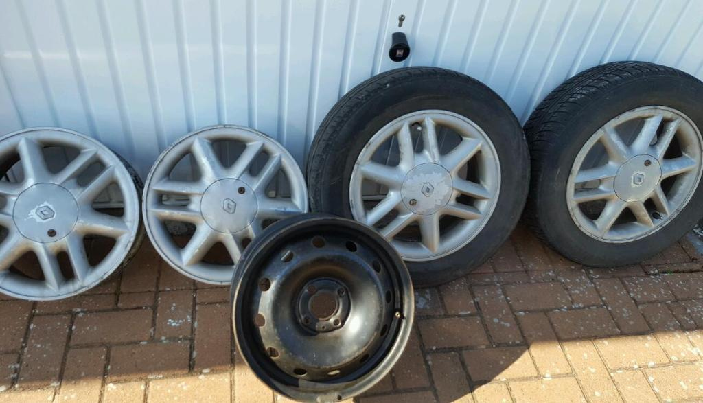 RENAULT ALLOY WHEELS AND SPARE