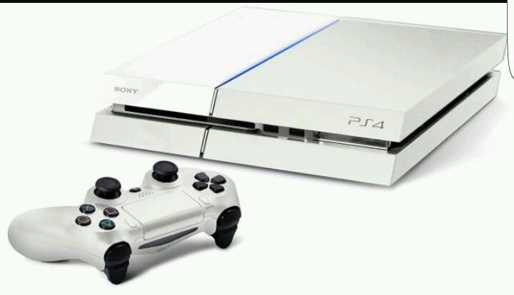 Ps4 white and 3 games