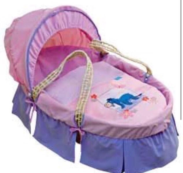 Disney Moses basket