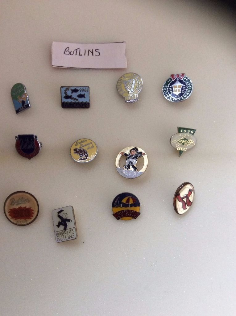 BADGE ENAMEL PIN BUTLINS VINTAGE