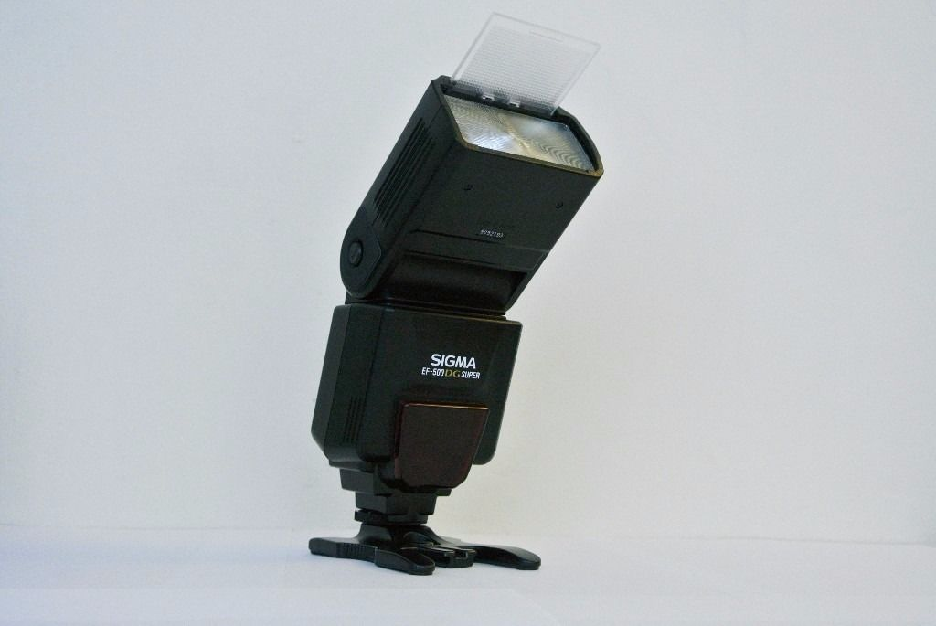 DIGITAL CANON FIT Sigma EF - 500 DG Super Flashgun MINT CONDITION