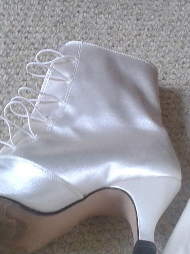 Pale Ivory Satin Victorian style Boots in size 5